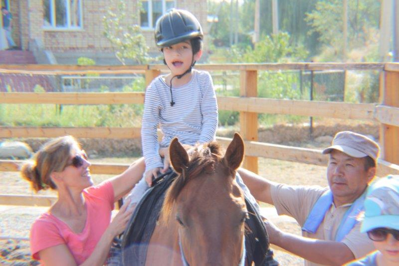 2016-10-03-SNC-on-Horse-Back-story